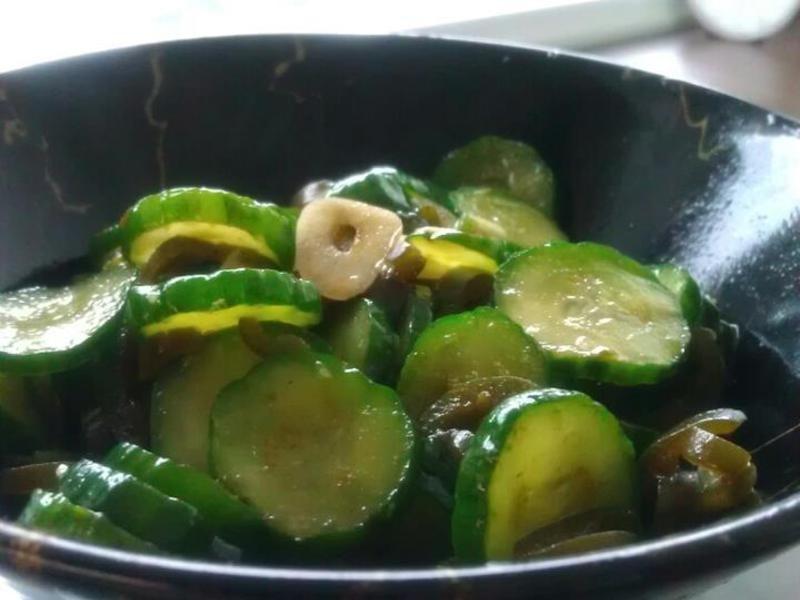 品靚上菜-剝皮辣椒醃小黃瓜