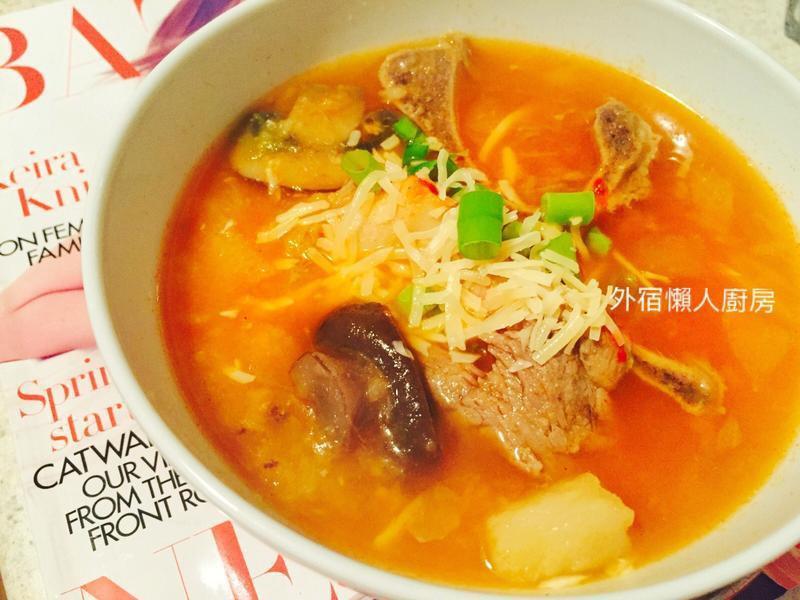 韓式馬鈴薯排骨蔬菜湯 兩種口味!
