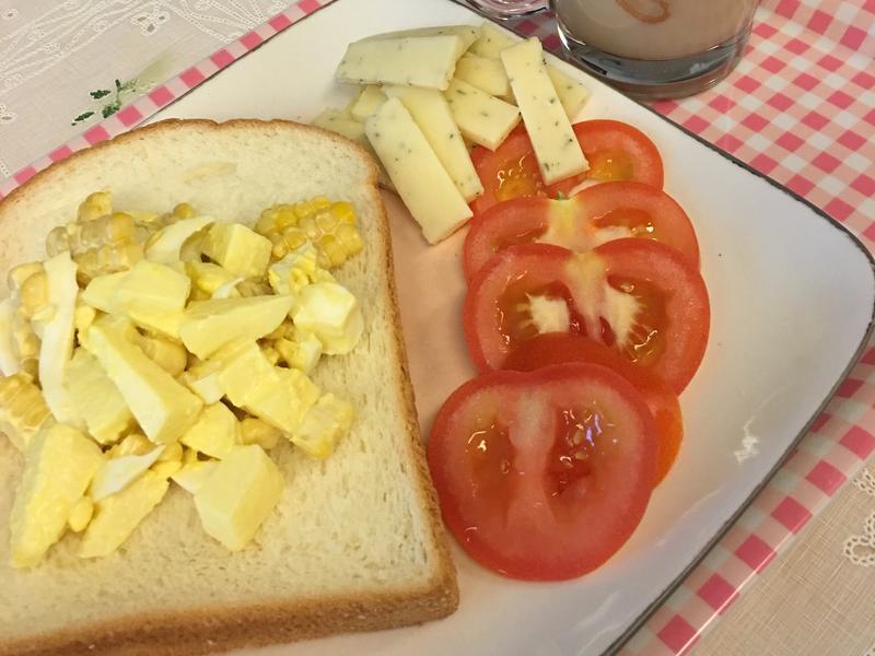 蘋果玉米蛋沙拉