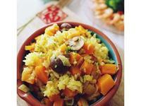 。年菜。南瓜薑黃珍珠麥炊飯
