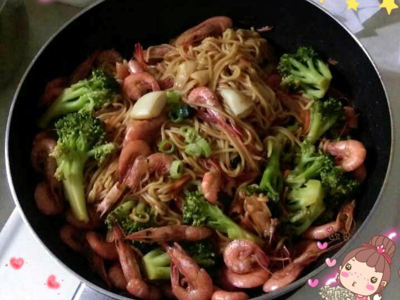 海鮮炒麵(簡單又美味)
