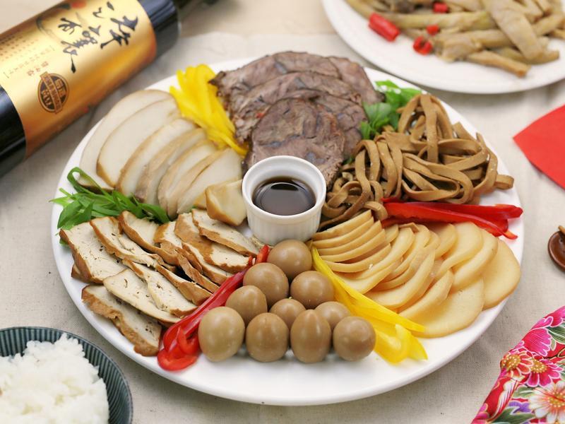 六六大順喜年來–滷味拼盤【淬釀巧婦上菜】