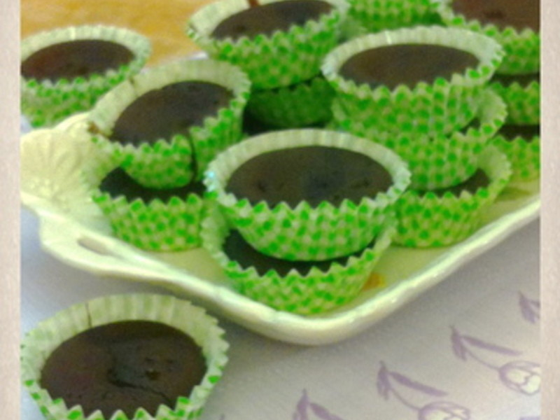 好蕾絲上菜--超簡單親子巧克力杯子蛋糕