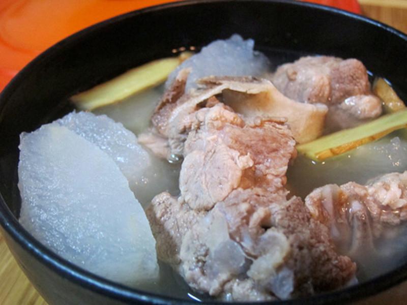 清爽的冬瓜排骨湯