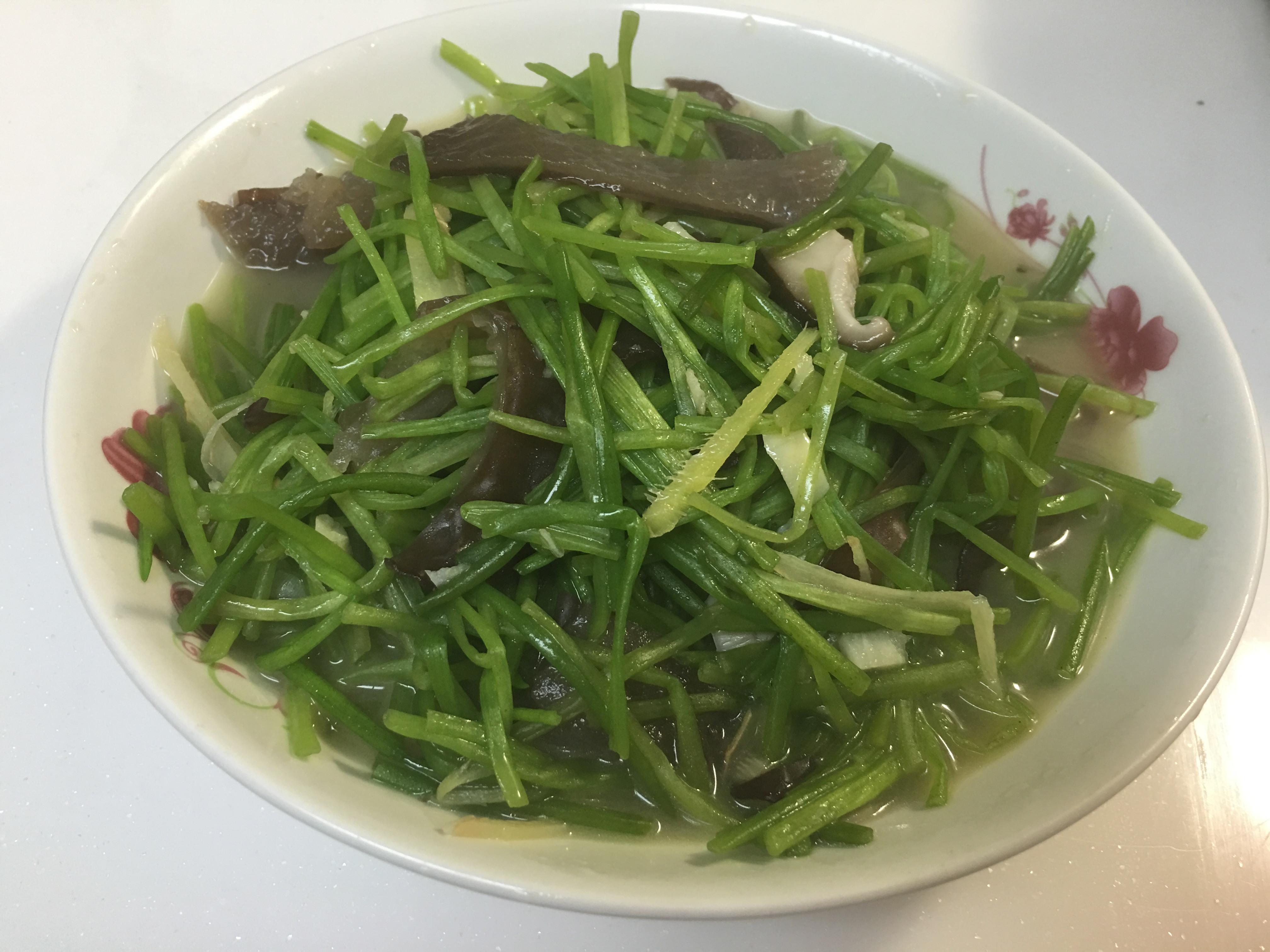 清炒水蓮菜