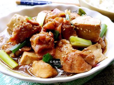 嫩雞燒豆腐
