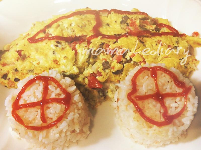 親子料理---番茄菇菇起士歐姆蛋包飯