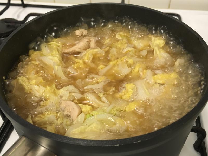 雞肉洋蔥燉白菜