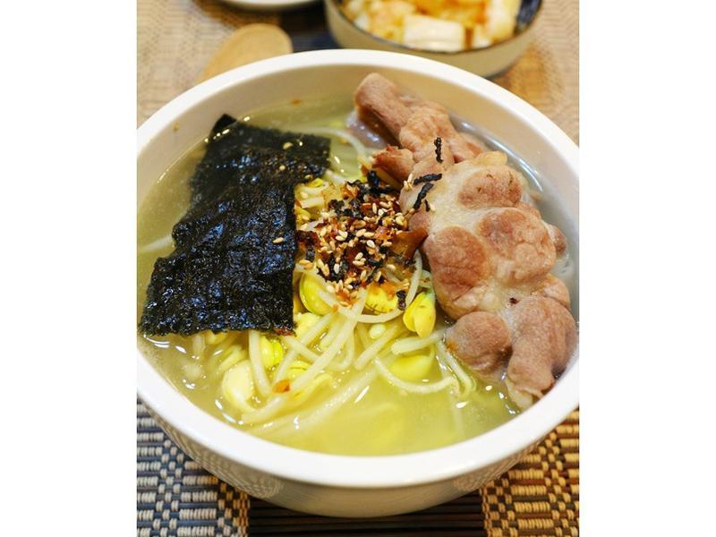 黃豆芽湯飯