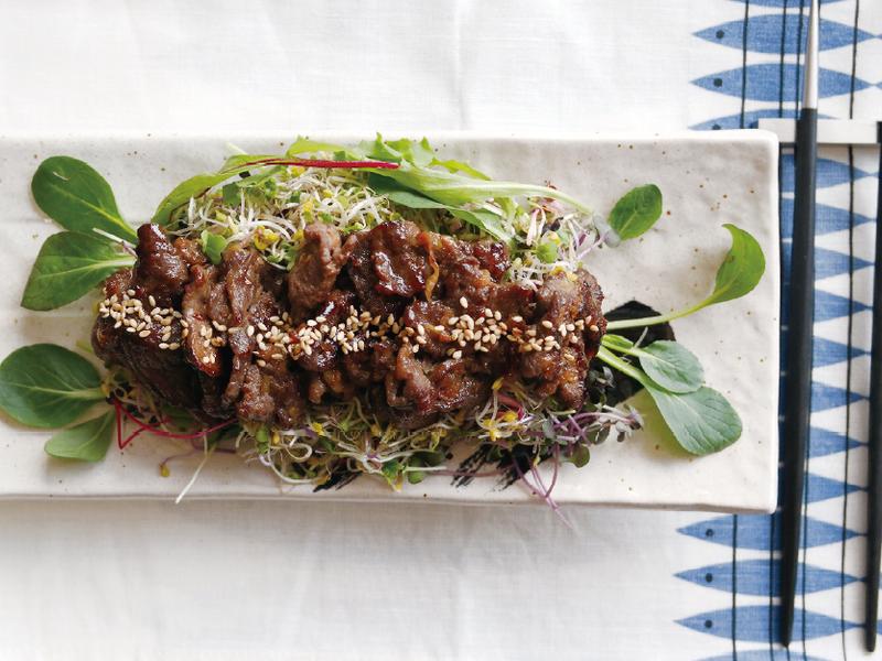 烤牛肉苜蓿芽沙拉