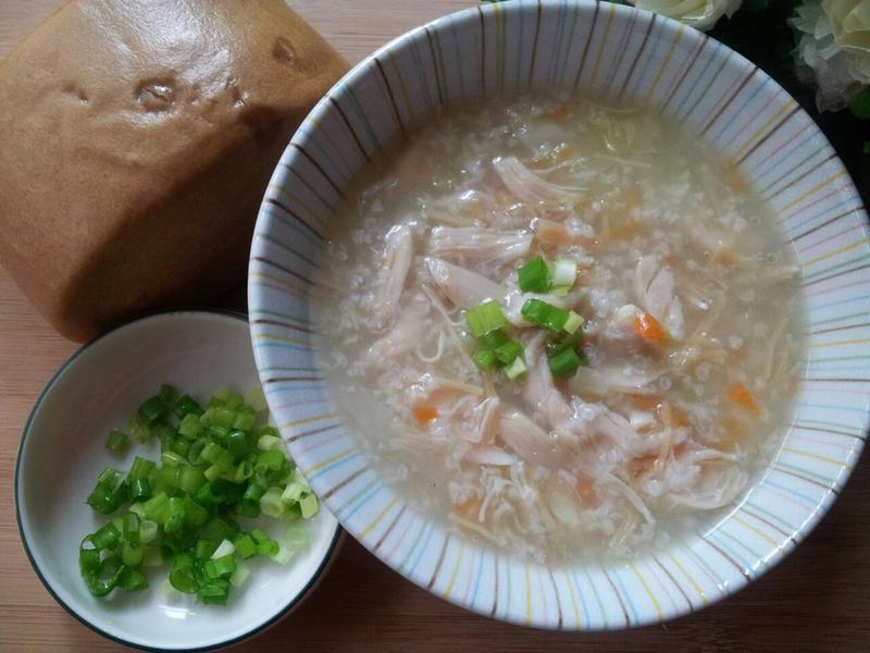 薑香干貝蔬菜鹹雞肉粥