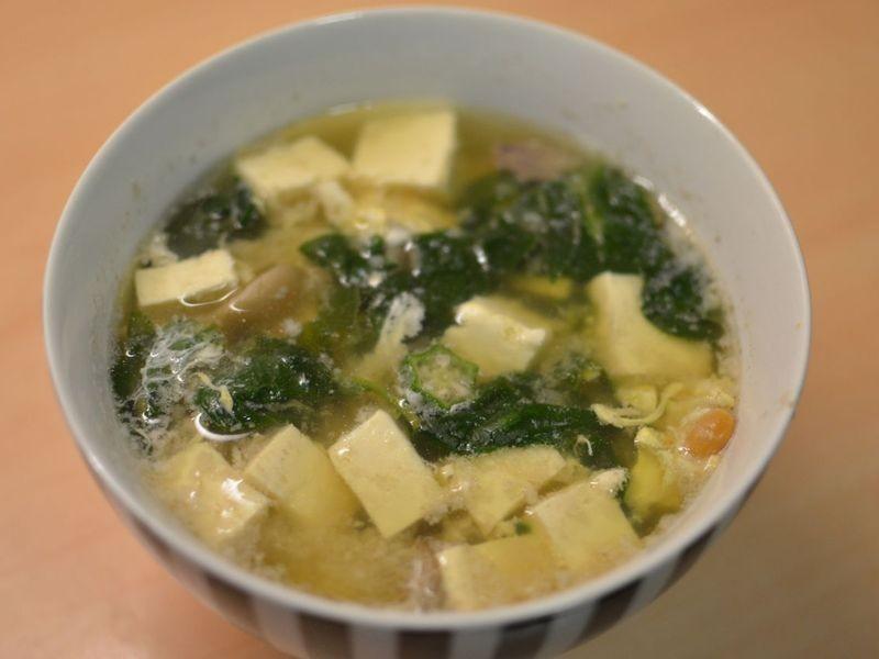 [留學生五分鐘料理] 菠菜杏鮑菇味噌湯