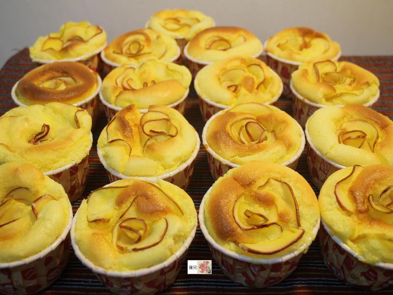 蘋果花杯子蛋糕(新鮮橘子口味)