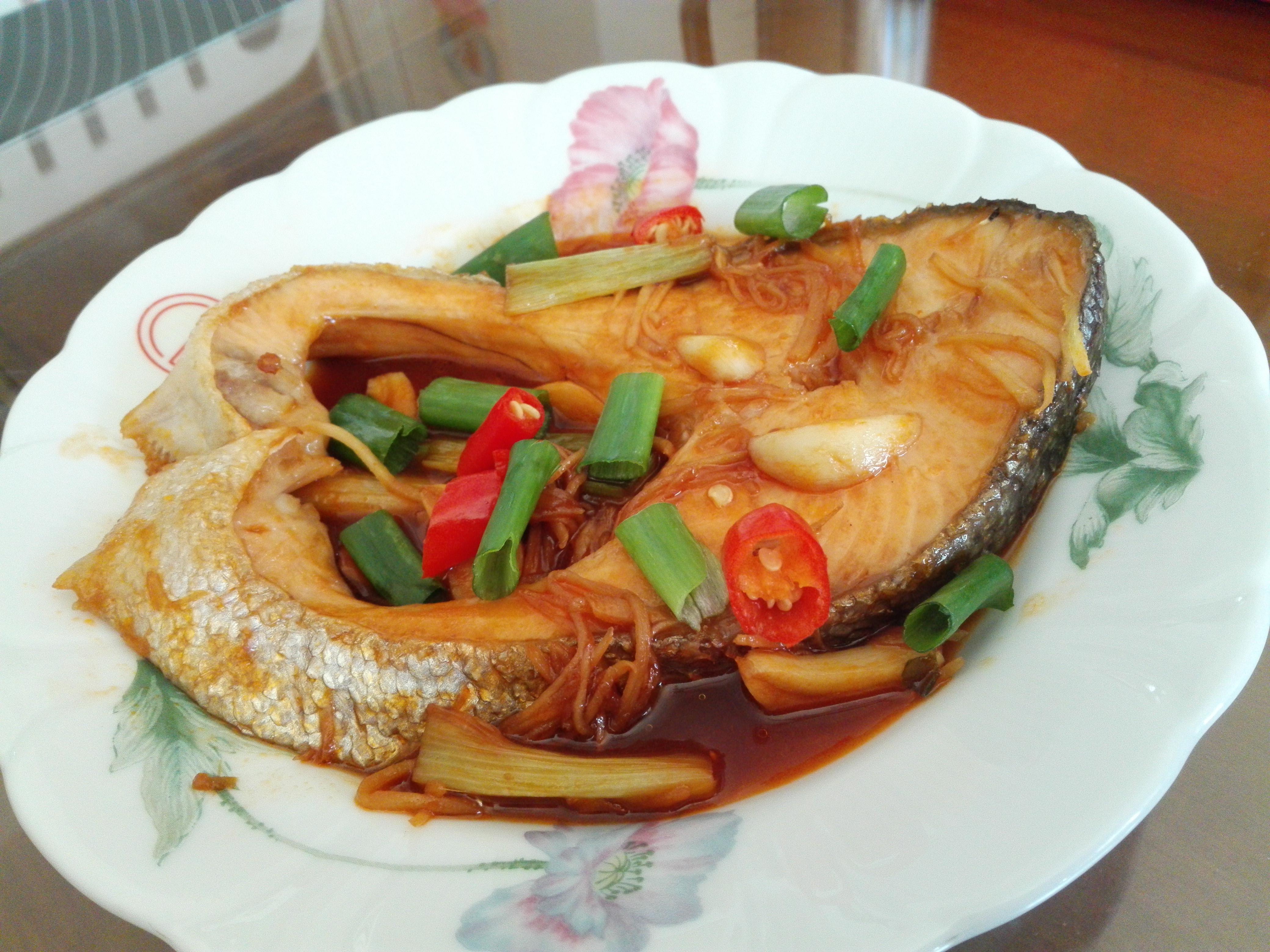 紅燒鮭魚[蕃茄醬懶人料理]