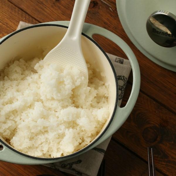 鑄鐵鍋煮白飯