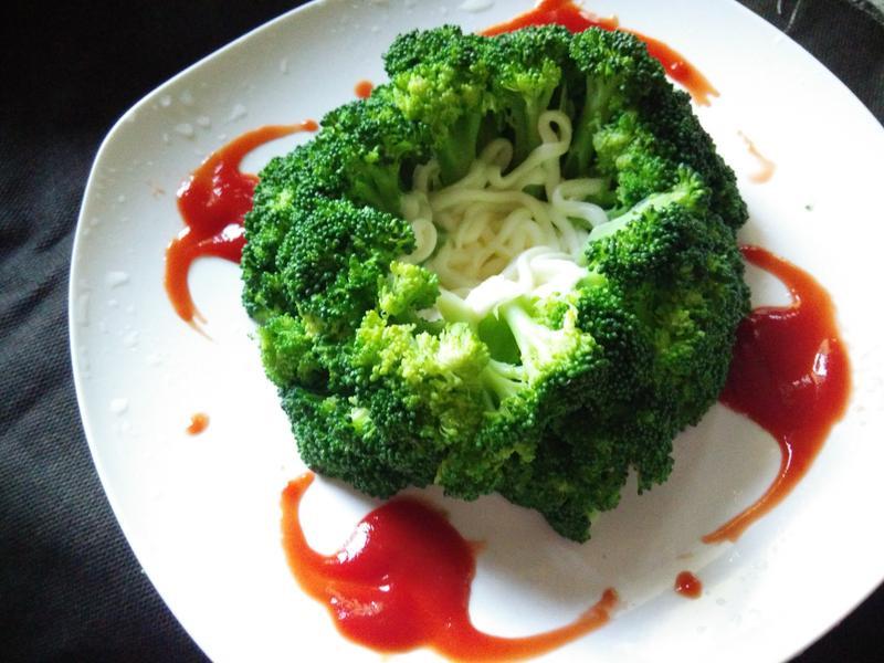 綠花菜盅沙拉─全聯料理王大賽