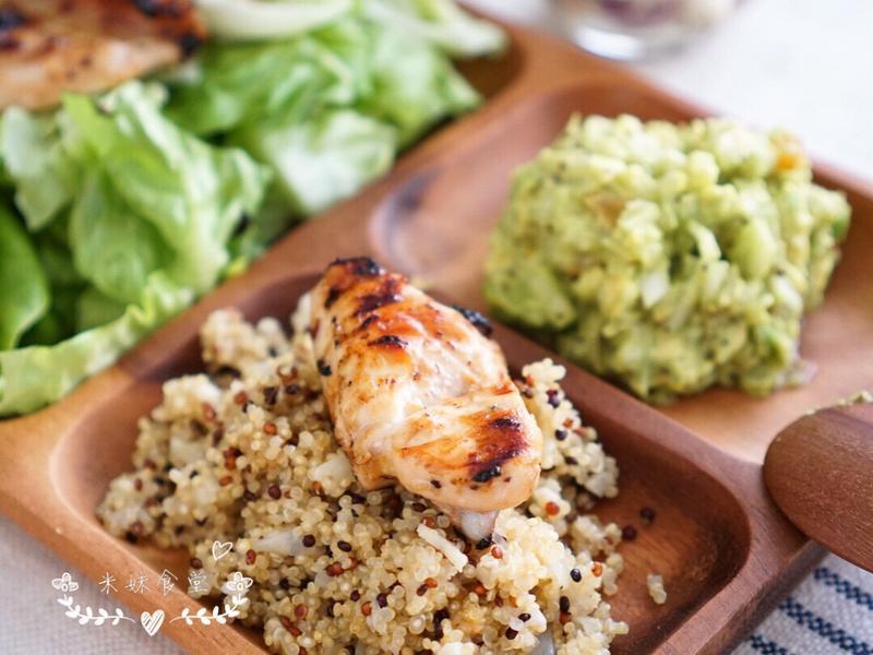 鹽麴雞肉藜麥鰐梨餐