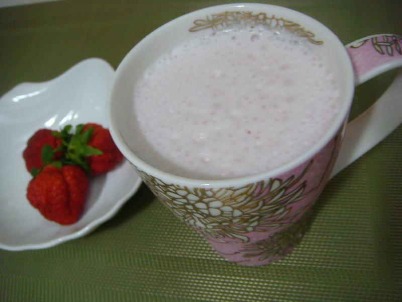 蜂蜜草莓拿鐵