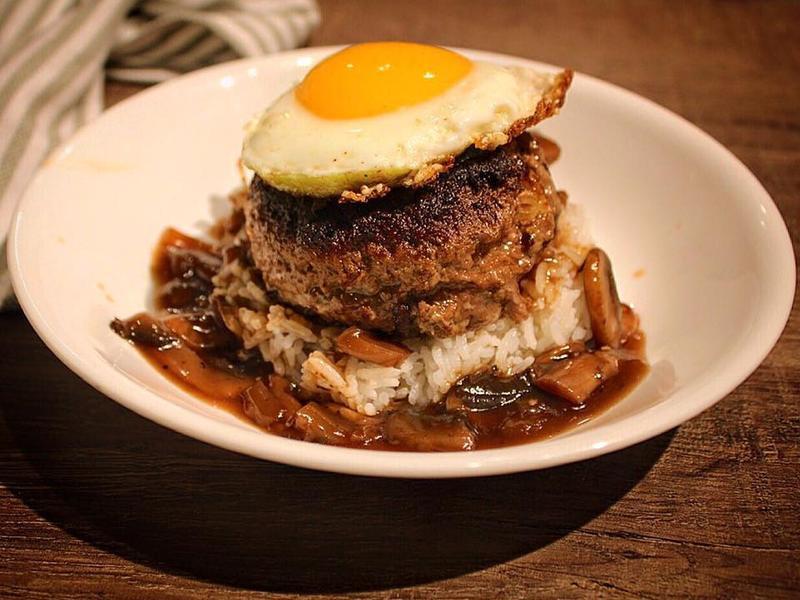 MocoLoco 漢堡排/蘑菇飯