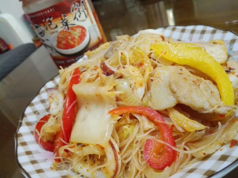 泡菜炒米粉