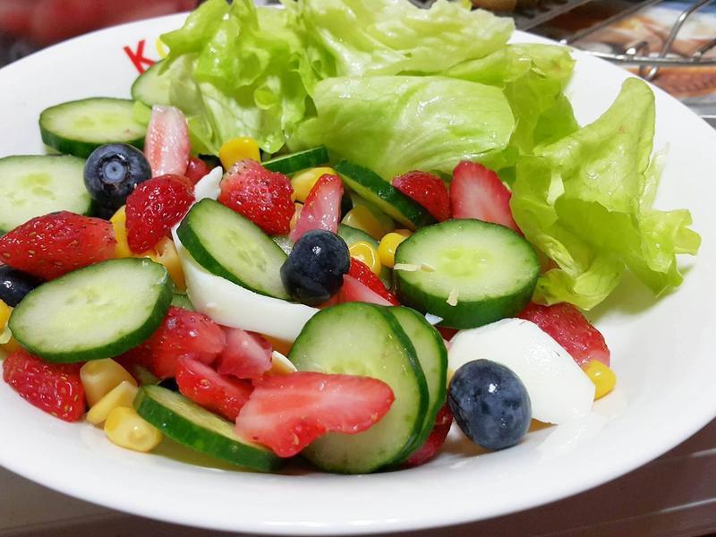 夏日清爽水果沙拉