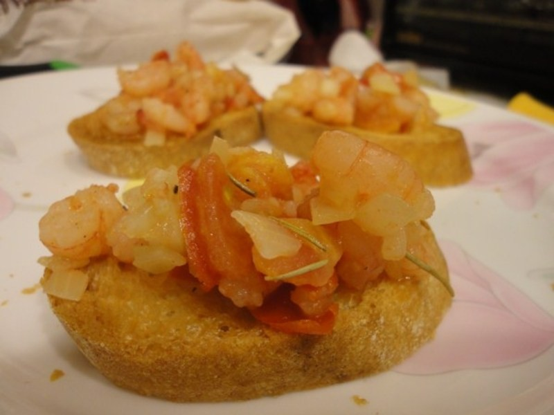 力力洋食-迷迭香蒜味蝦佐法國麵包