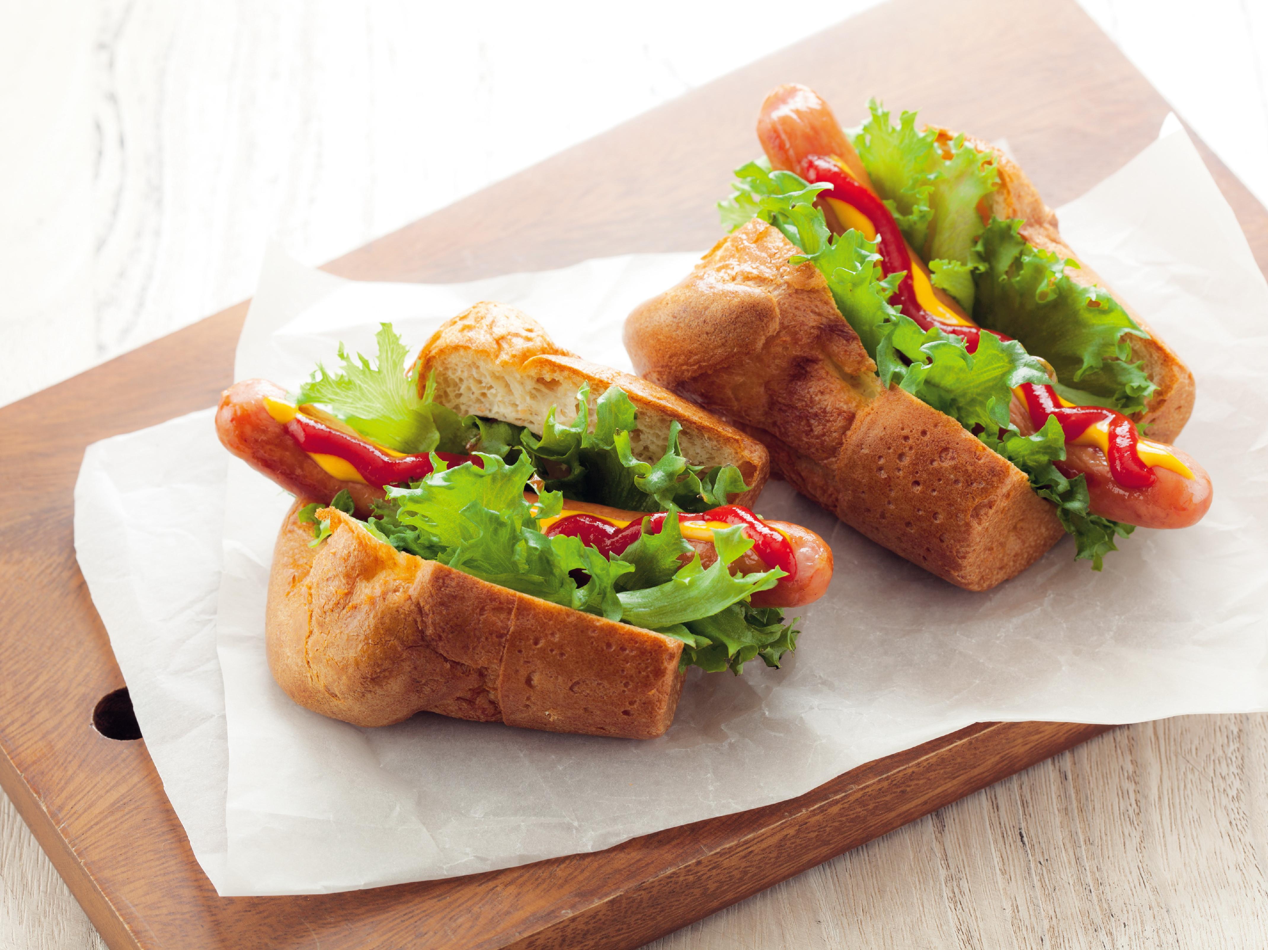 東販小食堂:超Q脆皮泡泡歐芙 熱狗麵包