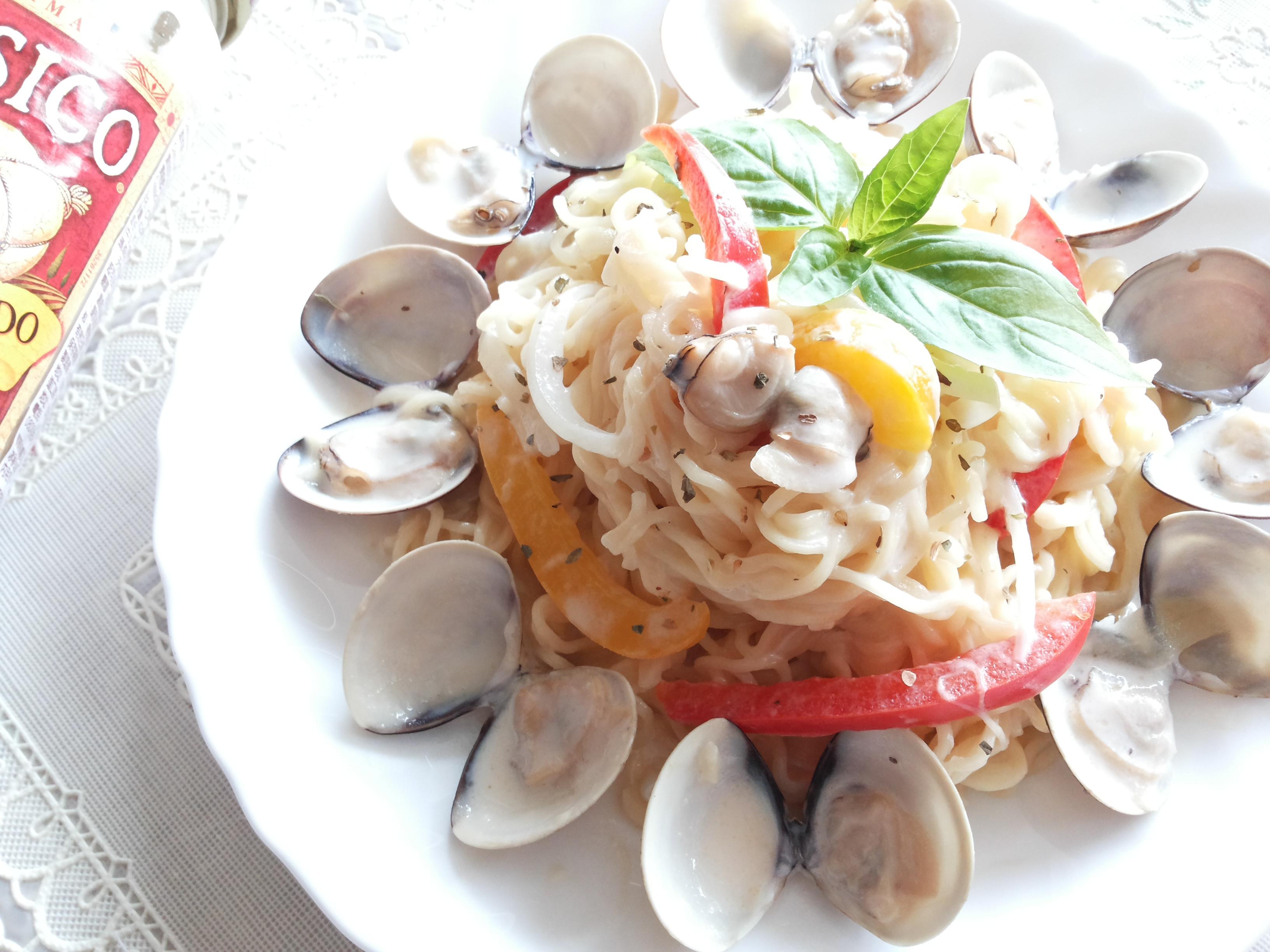 白醬蛤蜊炒泡麵-CLASSICO義麵醬