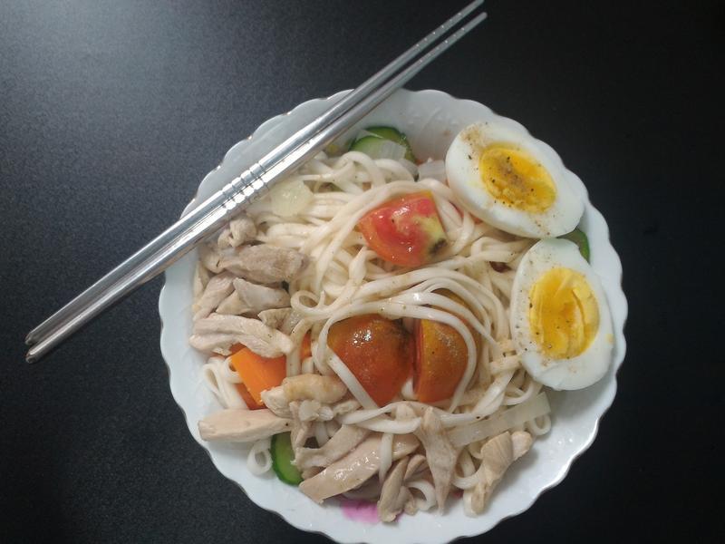開胃蔬菜涼麵