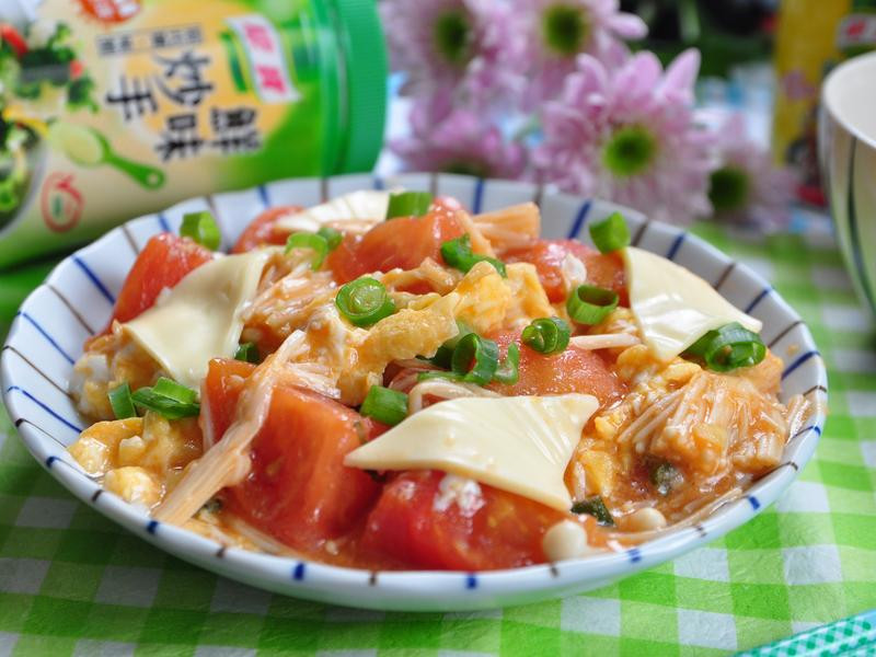 金針菇番茄炒蛋【康寶與營養師的均衡食譜】