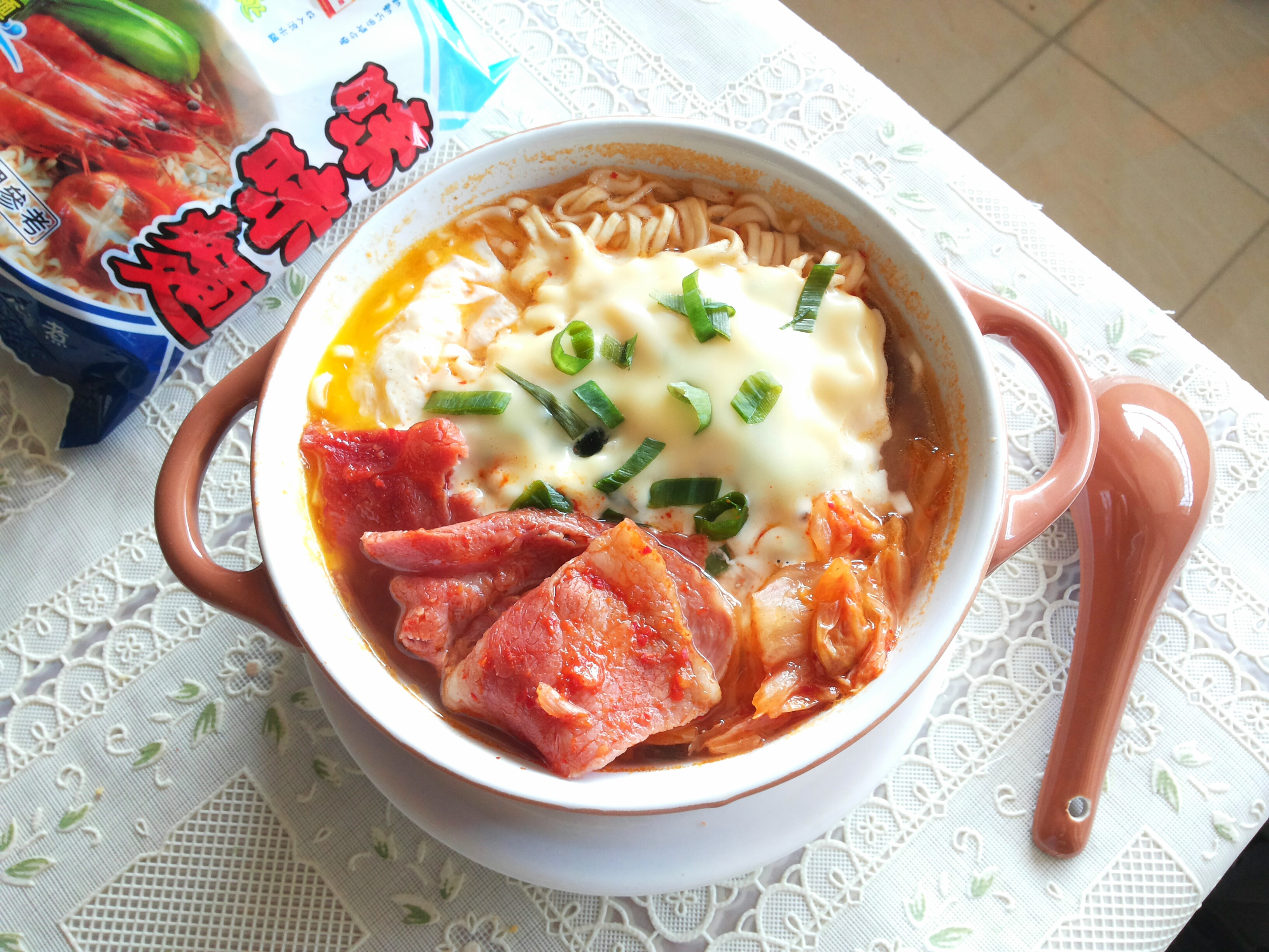 韓式泡菜起司泡麵【記憶中的味味麵】