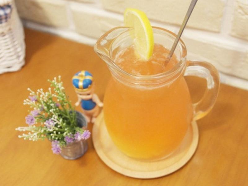 愛美麗「草莓檸檬水」喝下滿滿維他命C