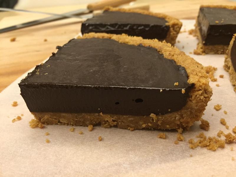 【蜂蜜燕麥塔皮】—生巧克力塔