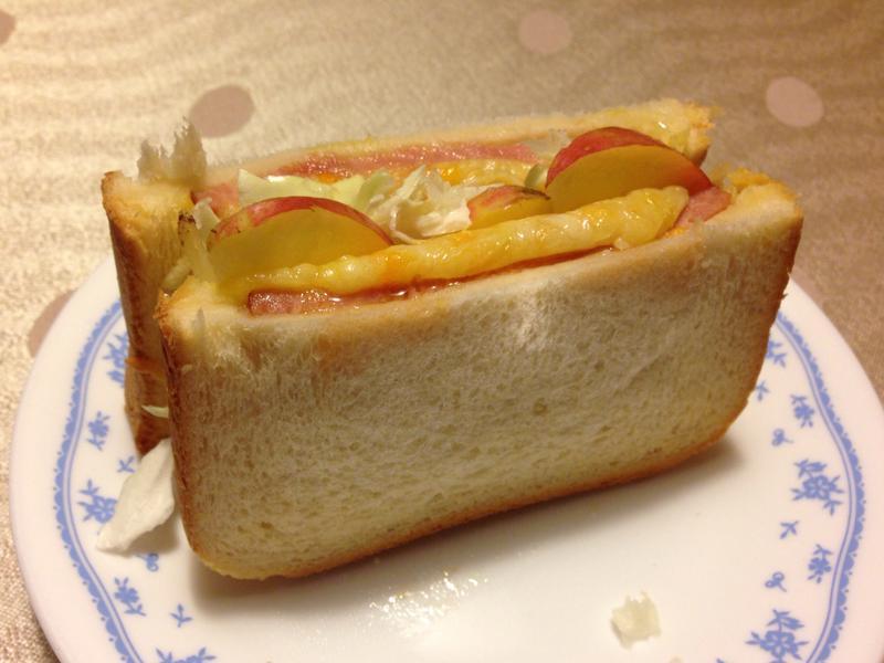 火腿起司蘋果三明治