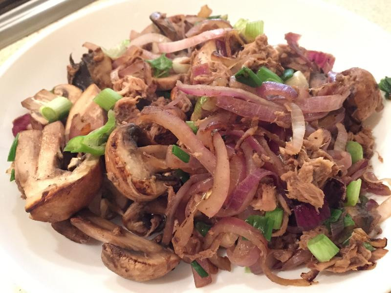 【5分鐘上菜】洋蔥菇菇炒鮪魚