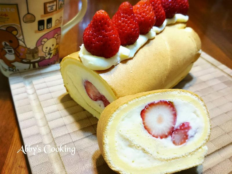 草莓卡士達蛋糕捲