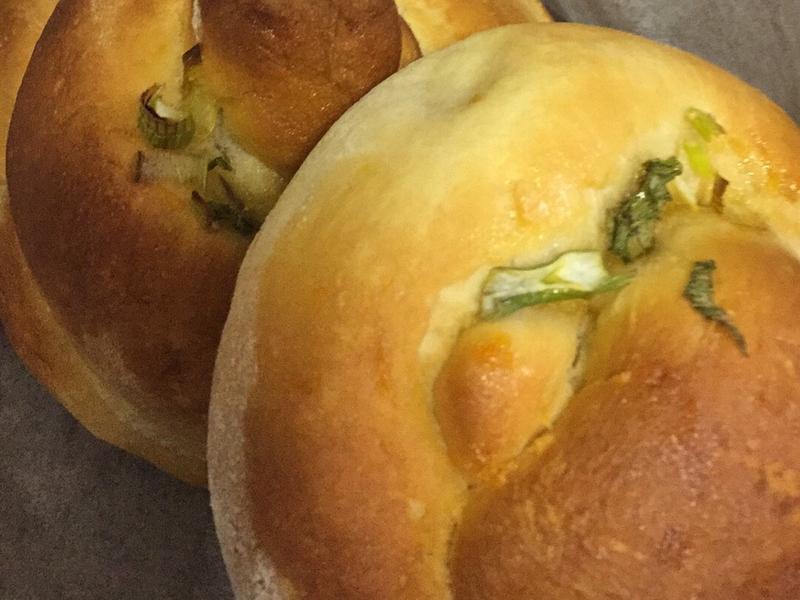 双捲麵包- Pretzel