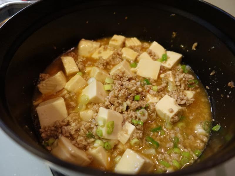 絞肉燉豆腐。麻婆豆腐不辣版