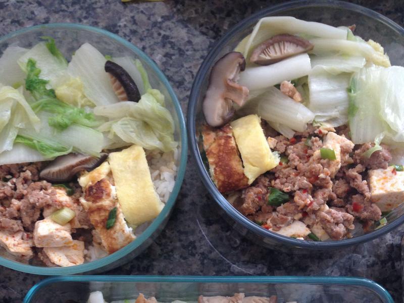 [便當]麻婆豆腐、奶油白菜、日式蛋捲