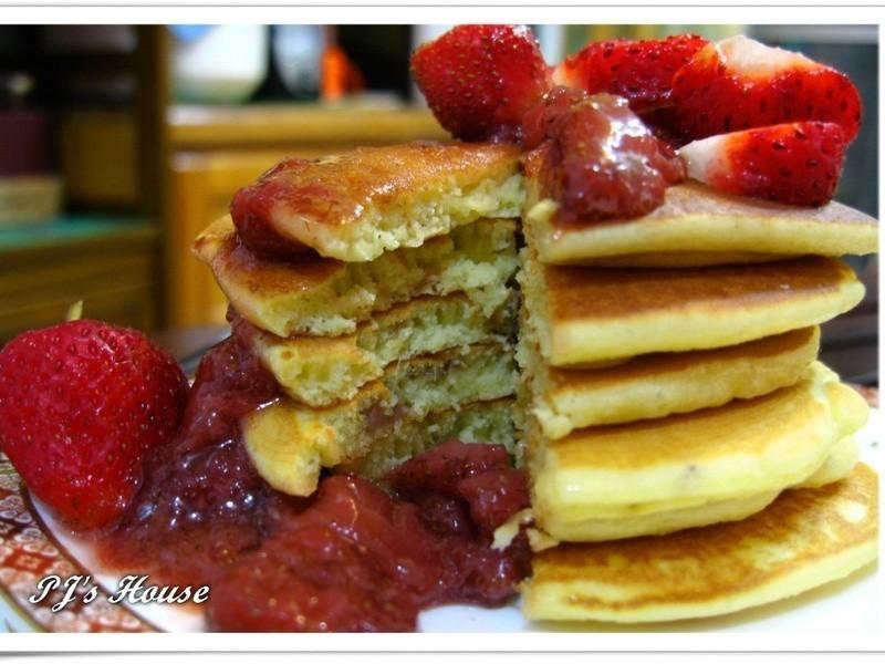 品靚上菜-草莓鬆餅