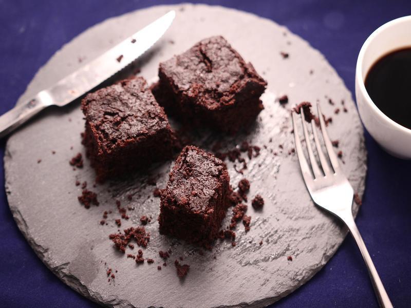 六吋巧克力布朗尼蛋糕 (免烤箱)