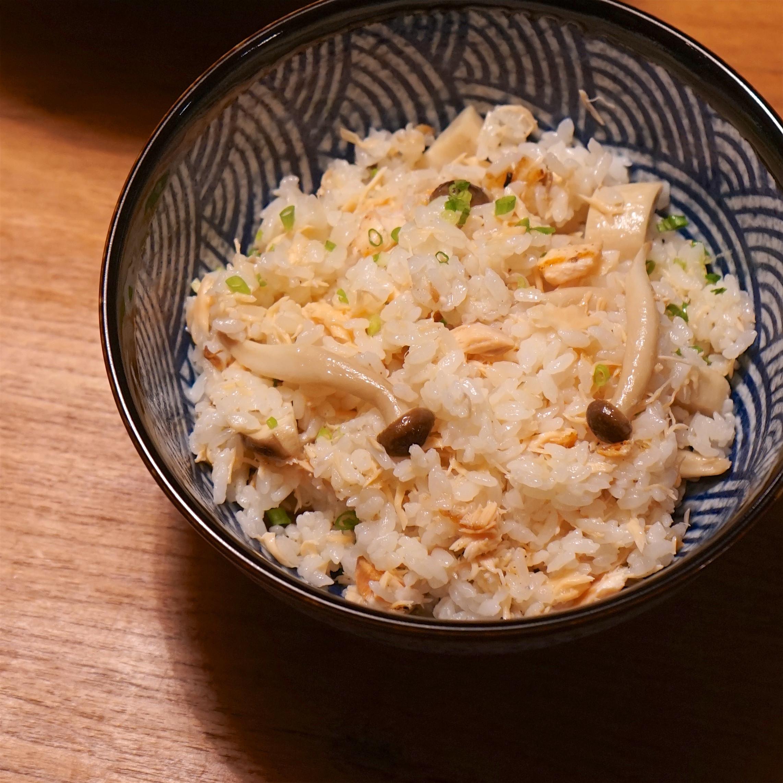 紫蘇籽油鮭魚炊飯