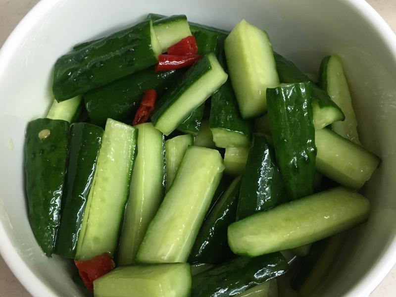 涼拌香脆小黃瓜