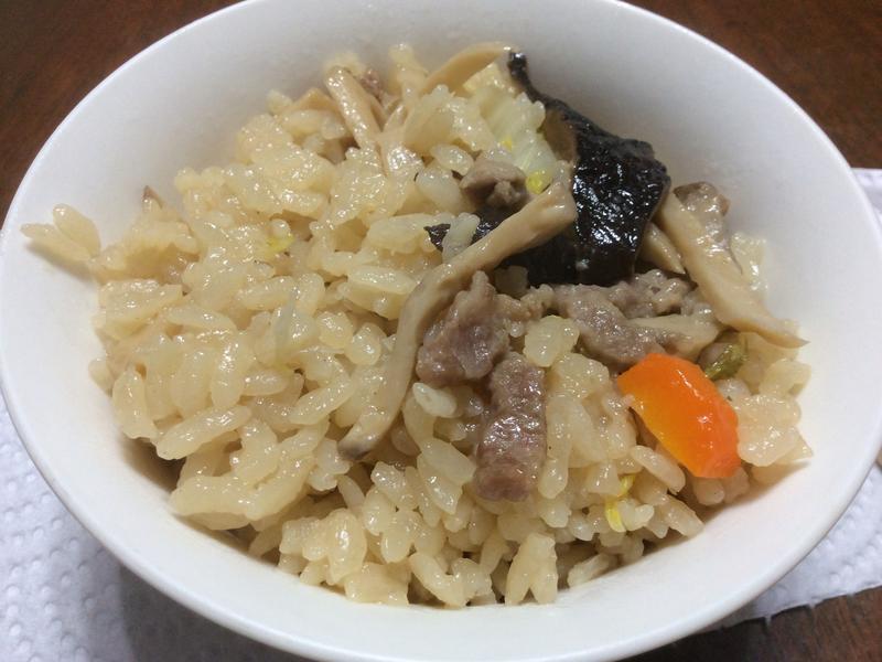 用電鍋打造菇菇飯!超簡單!