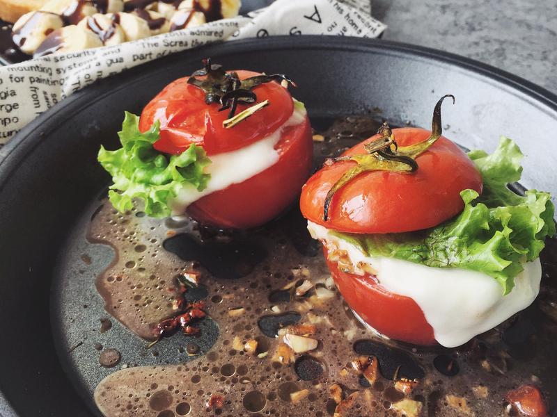 瘦身食譜-番茄奶酪沙拉