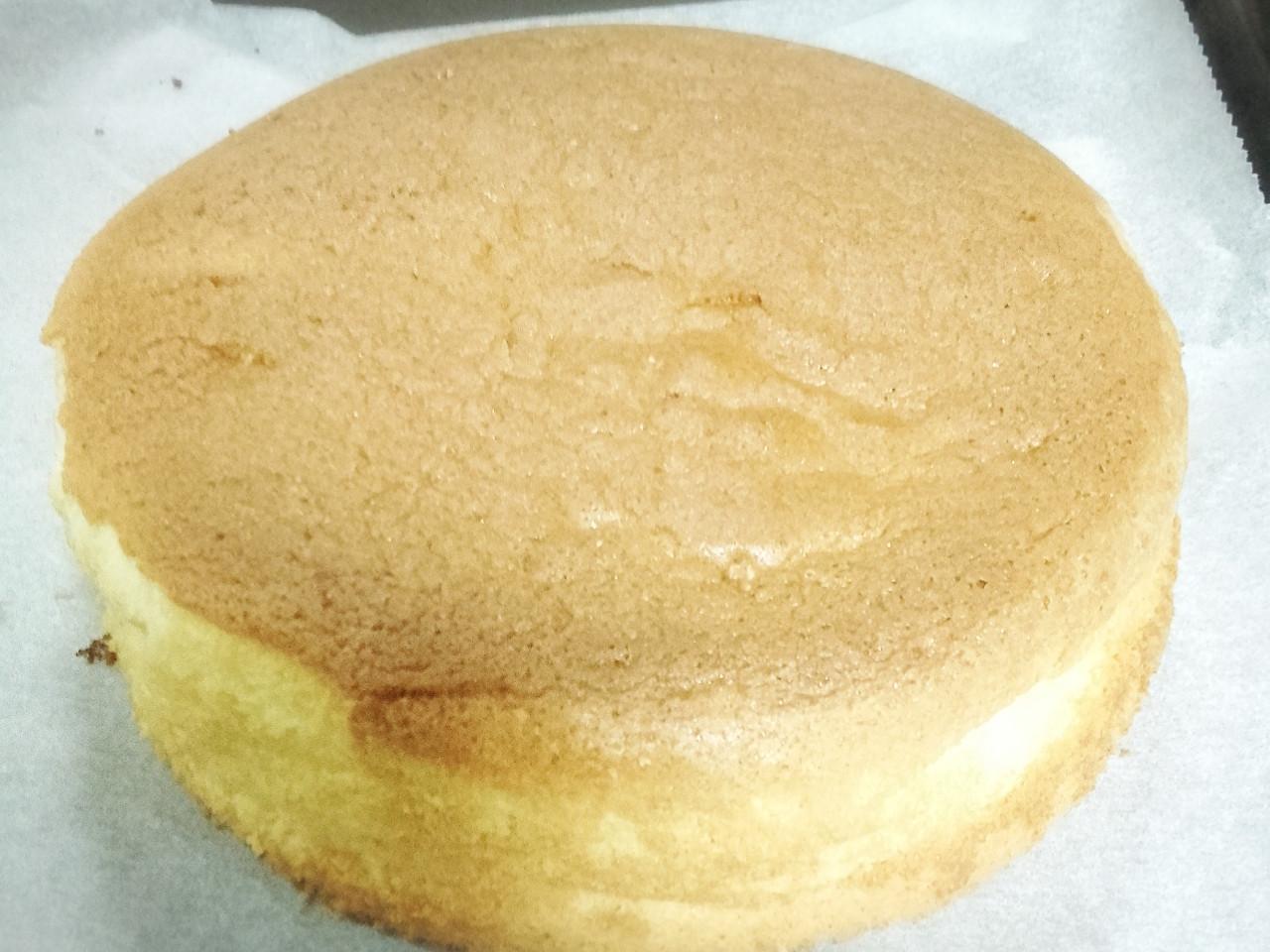 """海綿蛋糕8吋sponge cake 8"""""""
