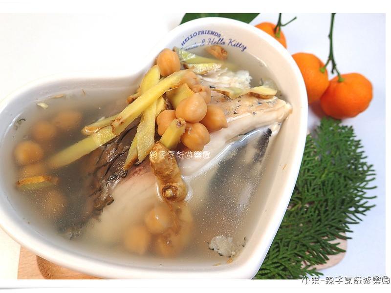 雪蓮子草魚湯