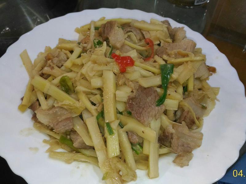 味噌桂竹筍炒五花肉片