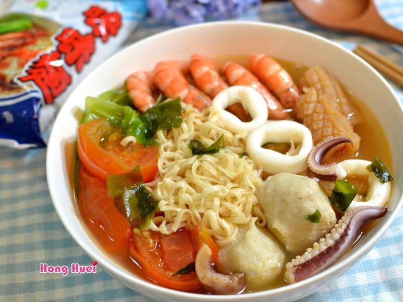 外婆的蕃茄海鮮麵【記憶中的味味麵】