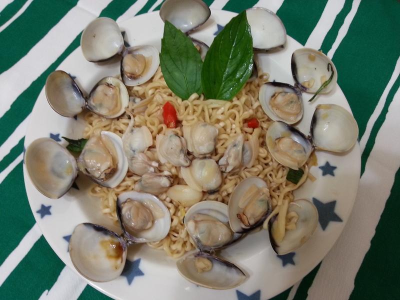 塔香蛤蜊炒麵-記憶中的味味麵